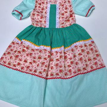 Vestido de festa junina saia bolinha, floral e listrada