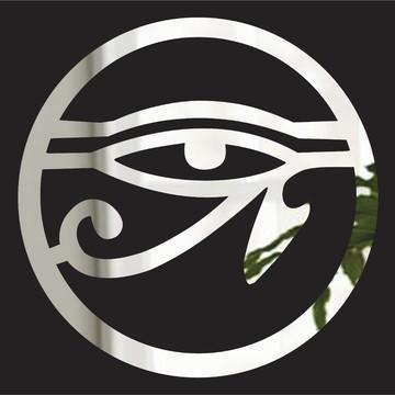 Mandala Olho de Hórus - acrílico espelhado prata - 45 cm