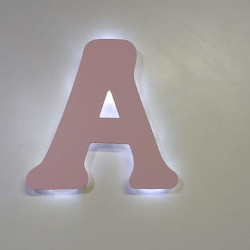 Letra com luz de led decorativa colorida para quarto bebe