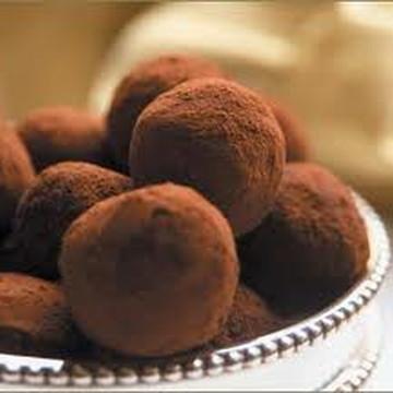 Caixa com 30 trufas tradicionais - Chocolate Belga Callebaut
