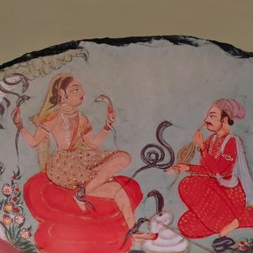 Pedra decorativa com tema Indiano