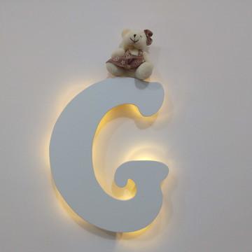 Letra decorativa colorida com luz de led para quarto de bebe