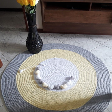 Tapete Redondo de Crochê 1,20m + varal de coracoes