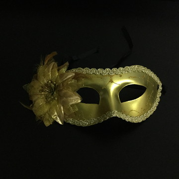 Máscara Veneziana Dourada