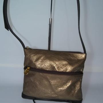 0bb5ce26a Bolsa de couro dourado com alça longa