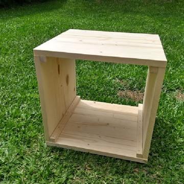 Nicho quadrado Rouxinol em madeira