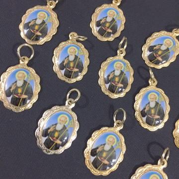 medalhinha aluminio dourada São Bento rendada