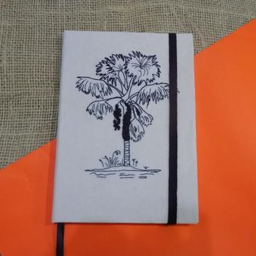 cc9ac4e605 Caderno de Desenho Estampado a Mao