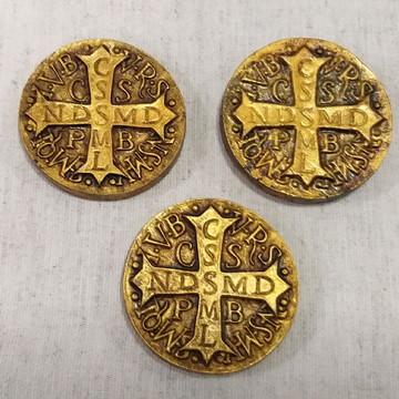 Imã Medalha de São Bento