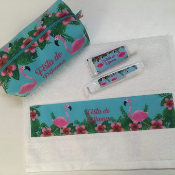 Necessaire (kit higiene) Flamingos