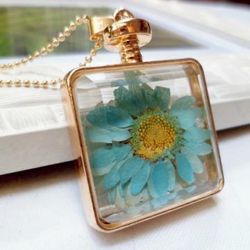 Colar Perfume 1