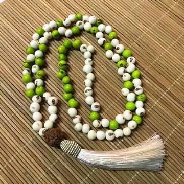 Japamala Sementes de Açaí 108 Contas Creme e Verde Claro
