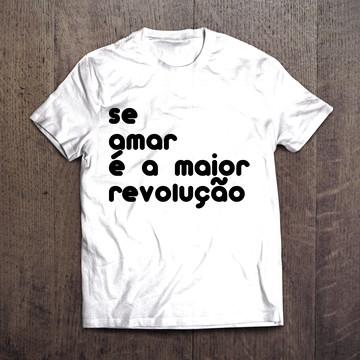 Camiseta - Amor é Revolução