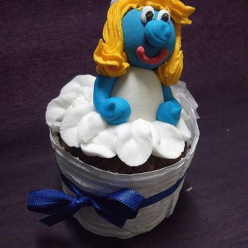 Cup cake smurfette