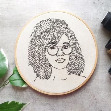 Auto retrato Bordado ( á partir de )