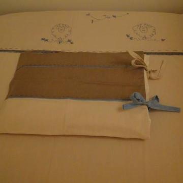 Jogo de lençol bordado à mão