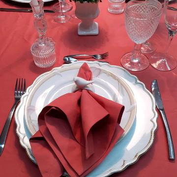 Toalha de mesa e 8 guardanapos em algodão. CASA DE MAIO.