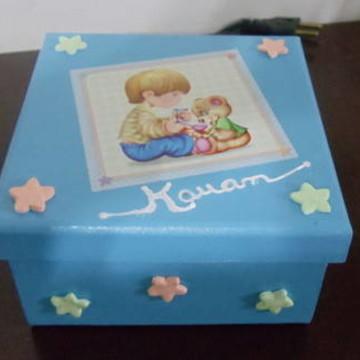Caixa de mdf Menino em azul