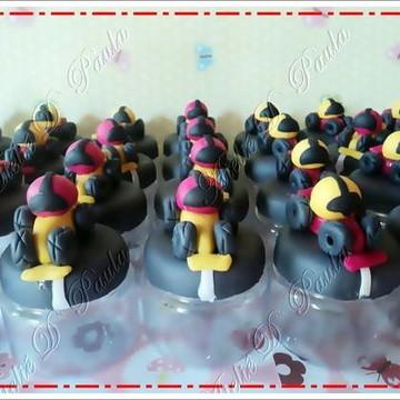 Potinhos decorados formula 1