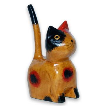 Gato Mini sentado olho pintado