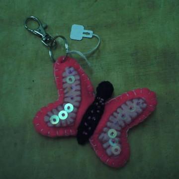chaveiro borboleta pink em feltro