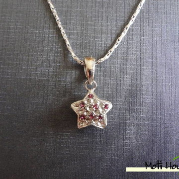 P05 - Pingente estrela com strass