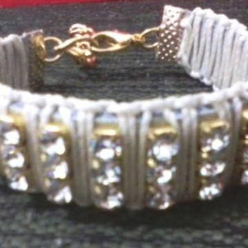 Pulseira / bracelete de strass - UM LUXO