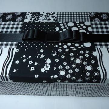 Caixa com tecido preto e branco