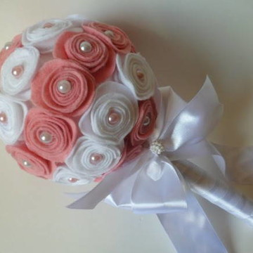 bouquet de flor de feltro