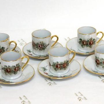 Xícaras de porcelana ( café )(cada uma)