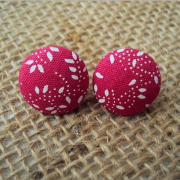 Brinco de Botão rosa folhas