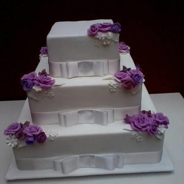 Bolo Casamento Quadrado Rosas
