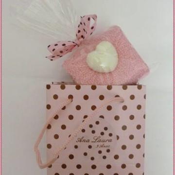 Lembrancinha Kit Maternidade Rosa com bolinhas Marrom Bebe