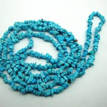 Colar de Pedras howlita azul