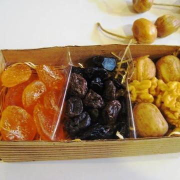 Caixa de frutas secas