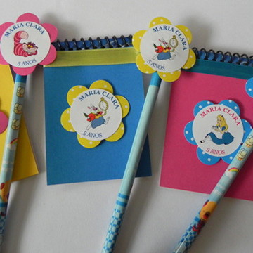 Kit caderno + lápis personalizados