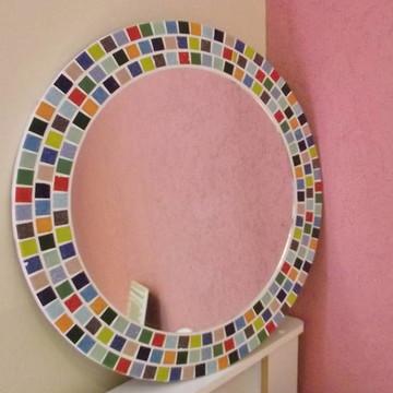 Espelho mosaico arco iris