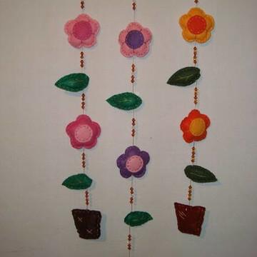 Móbile de flores.