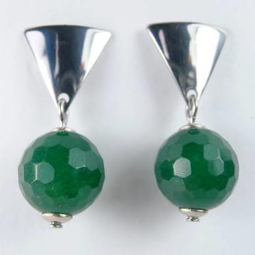 Brinco com pedra Jade Verde
