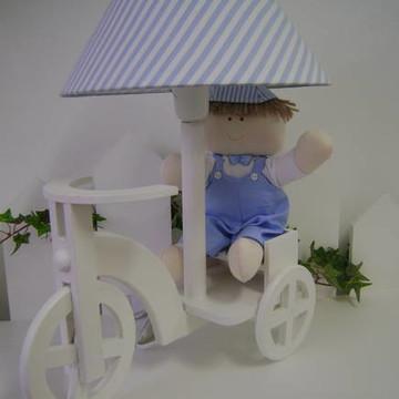 abajur triciclo Jõaozinho