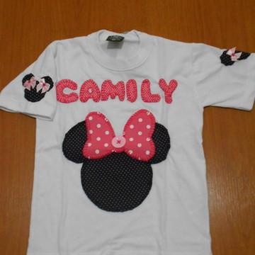 Camiseta Minnie Rosa (Família)
