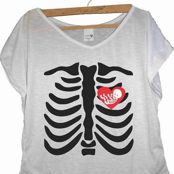 T-shirt Esqueleto Coração de Mãe