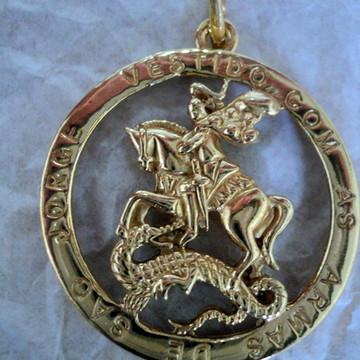 Medalha São jorge prata banhado ouro ..