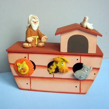 CENTRO DE MESAS - Arca de Noé porta bombons.