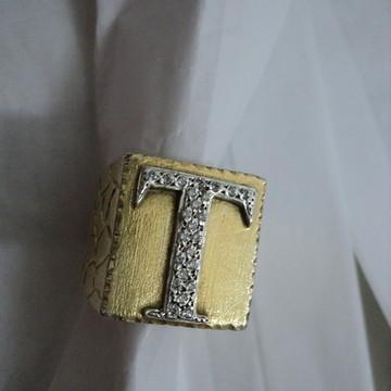 Anel Tranca Rua em prata banhado ouro