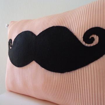 Almofada moustache - Bigode