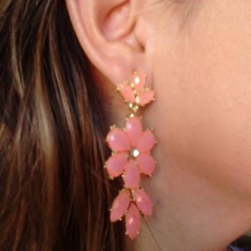 Brinco rosa com pedras facetadas
