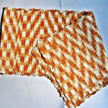 Caminho de mesa- crochê barroco