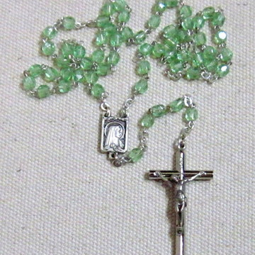 Terço Cristal Mini Nossa Senhora Verde