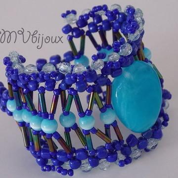 Pulseira azul com pedra azul turquesa